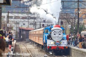 thomas-train-christmas-03